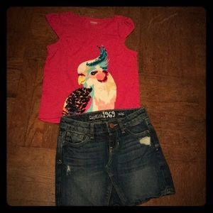 Girl's size 7 top